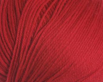 Really Red Cascade 220 Superwash Yarn 220 yards 100% SuperWash Wool color 809