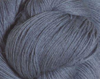 China Blue Cascade Heritage Yarn 437 yards Super Fine Wool Nylon Sock Yarn Color 5686