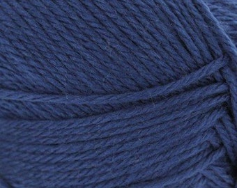 Navy Blue Cascade Pacific Merino Wool and Acrylic Yarn 100 grams 213 yards color 47