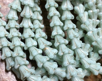Flower Beads Light Mint Green Czech Pressed Glass 5 Petal Star Flower Beads Etched with Gold Wash 5x6mm 30 Beads