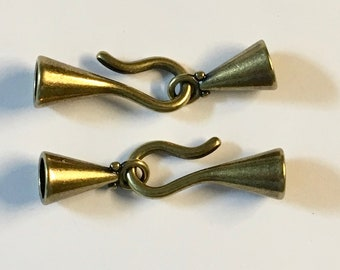 Antique Brass Plated Hook and Eye Glue In End Caps 6.2mm ID 2 sets F572