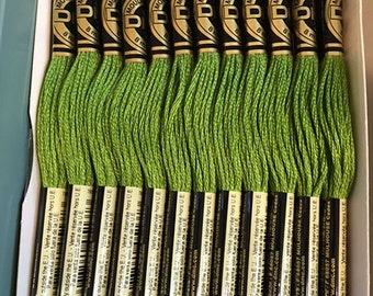 DMC 470 Light Avocado Green Embroidery Floss 2 Skeins 6 Strand Thread for Embroidery Cross Stitch Needlepoint Sewing Beading