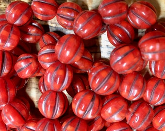 10mm Melon Beads Lady Bug Red with Brown Wash Czech Pressed Glass Round Corrugated Melon Beads 10mm 15 beads