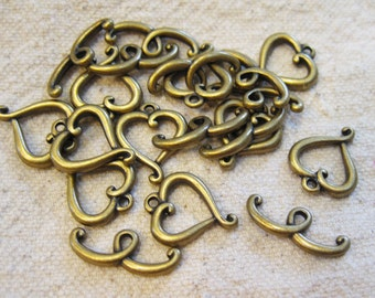 Clearance 10 Antique Brass Plated Pewter Curvy Heart Toggle Clasps 1mm with 20mm Bar F291A