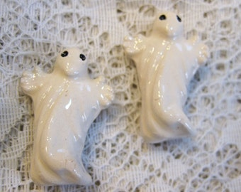 2 Ghost Bead Spooky White Halloween Ghastly Peruvian Ceramic Beads 29mm x 20mm 2 beads