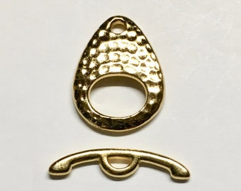 TierraCast 22kt Gold Plated Hammertone Ellipse Toggle Clasp 24mm x 22mm Lead Free Pewter One Clasp