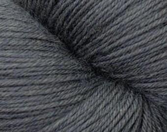 Smoked Pearl Cascade Heritage Yarn 437 yards Super Fine Wool Nylon Sock Yarn Color 5735