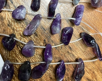 Amethyst Dog Tooth Freeform Nugget Purple Gemstone Beads Size Varies 8 to 9 beads per 8 inch strand