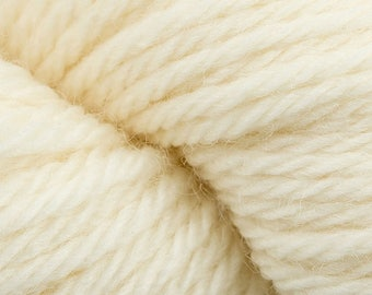 Ecru Off White Cascade 220 Superwash Yarn 220 yards 100% SuperWash Wool color 817
