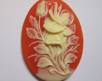 Ivory Hibiscus Flower Acrylic Cornelian Vintage Look Cameo Jewelry Cabochon Pendant 40mm x 30mm