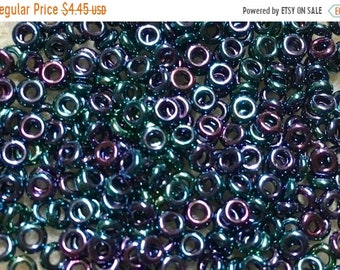ON SALE 8/0 Higher Metallic Dragonfly Demi Round Toho Glass Seed Beads 8 grams TN-08-505