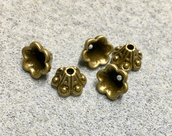 20 Bell Flower Bead Caps Antique Bronze Dot Carved Pattern 10mm x 5mm F486B