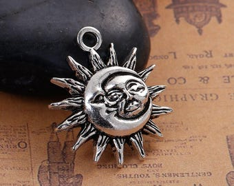 5 Sun and Moon Face Pendants Charms Single Sided Antique Silver 29mm x 24mm C155