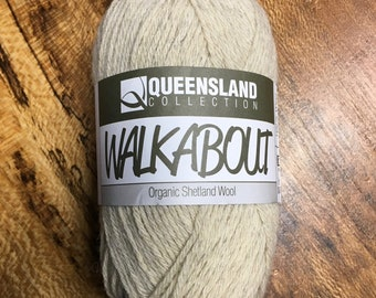 Nougat Walkabout Organic Shetland Wool by Queensland Collection Sport Weight Certified Organic 157 yards Color 02