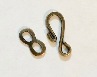 12 Hook and Eye Clasps Antique Brass Plated S Hook Clasps 17x7mm 12 sets F304D