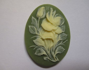 Ivory Hibiscus Flower Acrylic Green Vintage Look Cameo Jewelry Cabochon Pendant 40mm x 30mm