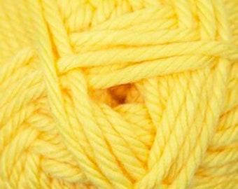Cherub Super Bulky Incredibly Soft Yellow Cascade Yarn 131 yards Acrylic Nylon Blend Color 38