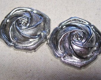 CLEARANCE Vintage Silver Plated Metal Rose Hollow Back Cabochon 40mm 2 pcs