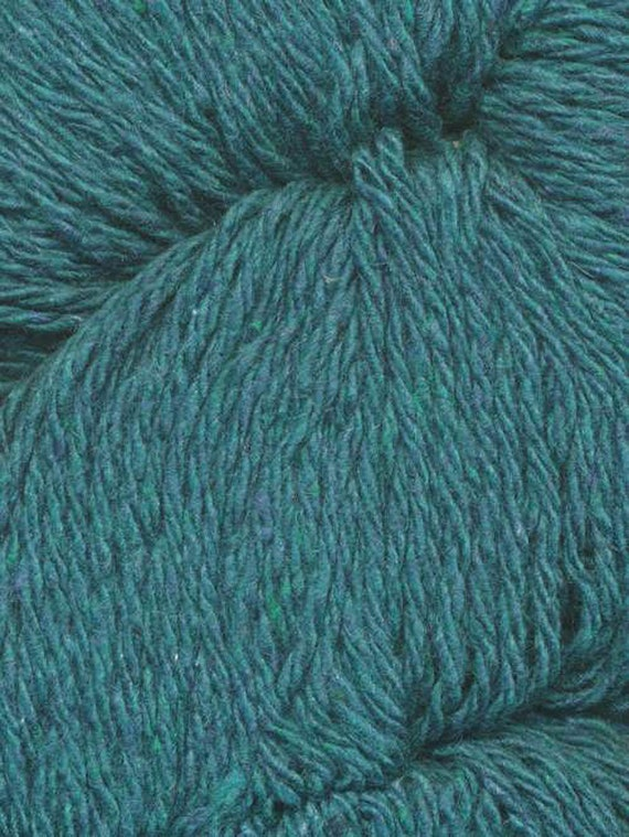 Dungarees Recycled Blue Jean Yarn from Queensland DK Weight 219 yards 100/% Combed Cotton vory 03