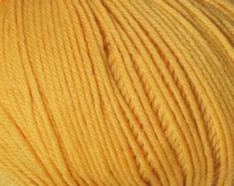 Golden Cascade 220 Superwash Yarn 220 yards 100% SuperWash Wool color 877