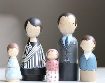 Custom Family Portrait of 5 Custom Dolls Wooden Dolls Family Portrait Hand-Painted Peg Dolls Wooden Toys Peg Doll Cake Topper Goose Grease