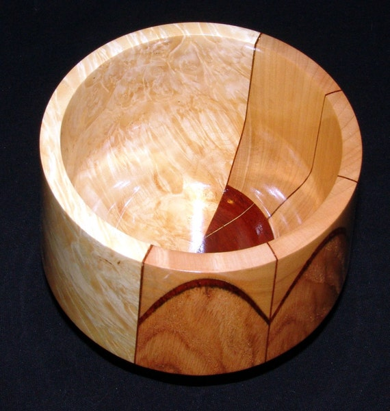 "50/50 Wood Bowl – ""Lignum Constructus"" – Unique Segmented and Solid Design"