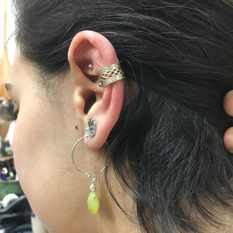 Gold Ear Cuff Fake Conch Piercing Faux Piercing Fake Piercings Fake Piercing Conch Cuff ear wrap goldfilled Lace Ear Cuff EC8065