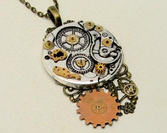 Steampunk jewelry necklace pendant. Steampunk jewelry.