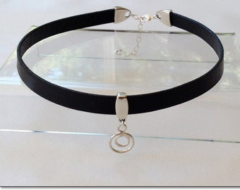 Owned Sterling Circle in a Circle Black Leather Collar Choker BDSM Collar Submissive BDSM Daytime Slave Collar BDSM Jewelry