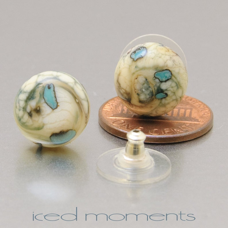 Silvered Pebbles in ivory and copper green Lampwork glass and sterling silver by Jennie Yip Stud earrings