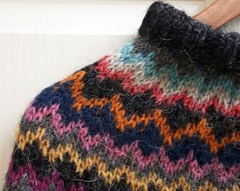 Chevron knitted poncho, handmade, 100% Icelandic Lopi Wool