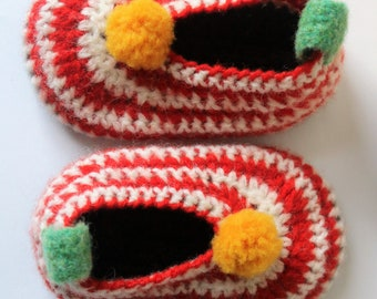 Lambswool baby shoes/ slippers in red and white stripe - 6/12 months
