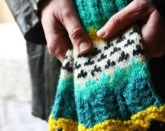 Bight green and yellow mix hand knit fingerless fair isle gloves