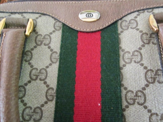 Vintage Authentic GUCCI Handbag w/ Gucci Dust Bag… - image 9