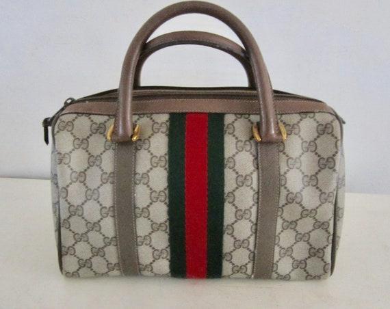 Vintage Authentic GUCCI Handbag w/ Gucci Dust Bag… - image 4