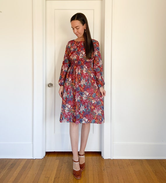 70s lightweight red floral polyester dress - image 7