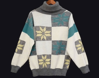 80's snowflakes PATCHWORK sweater // long slouch sweater // oversized slouchy // women's S M