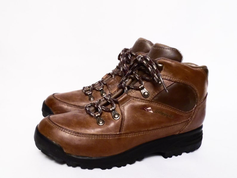 90/'s women/'s MONTRAIL hiking boots  water resistant leather  lace up ankle boots  ladies size 7