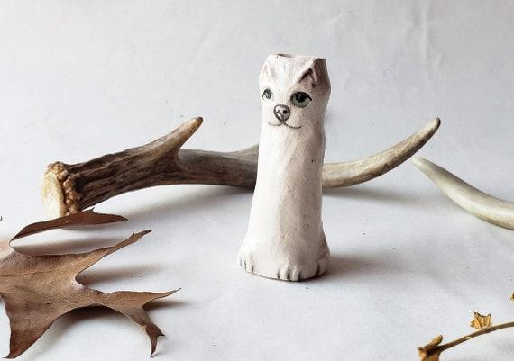 White Kitty One Hitter Pipe
