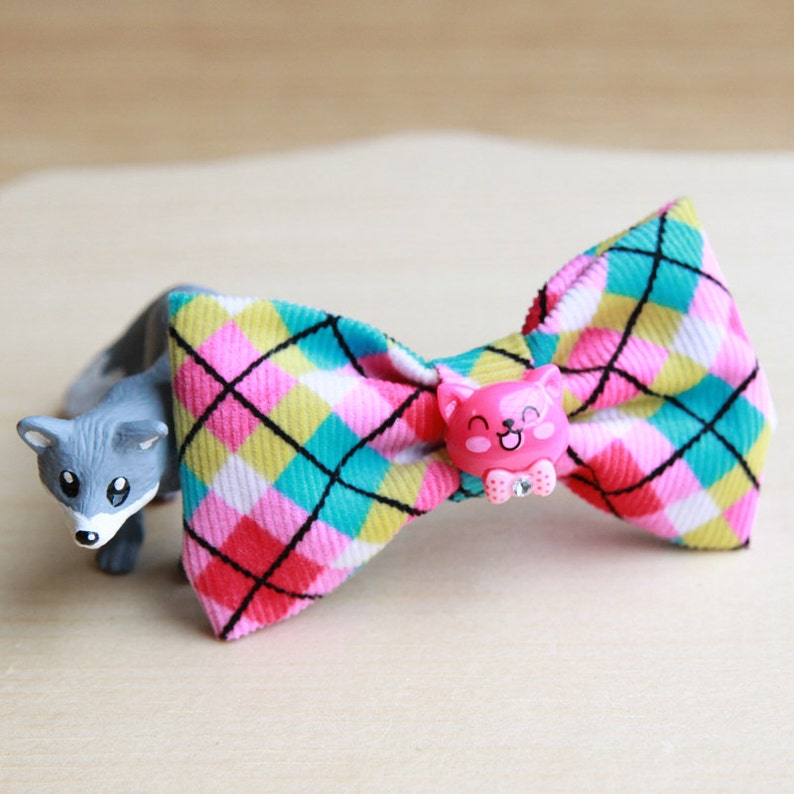 Colorful Argyle Bow Tie Brooch with Pink Kitty image 0