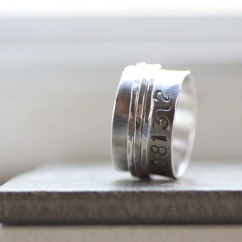 Rustic Duck Band Style Spinner with Personalization  Unique image 0