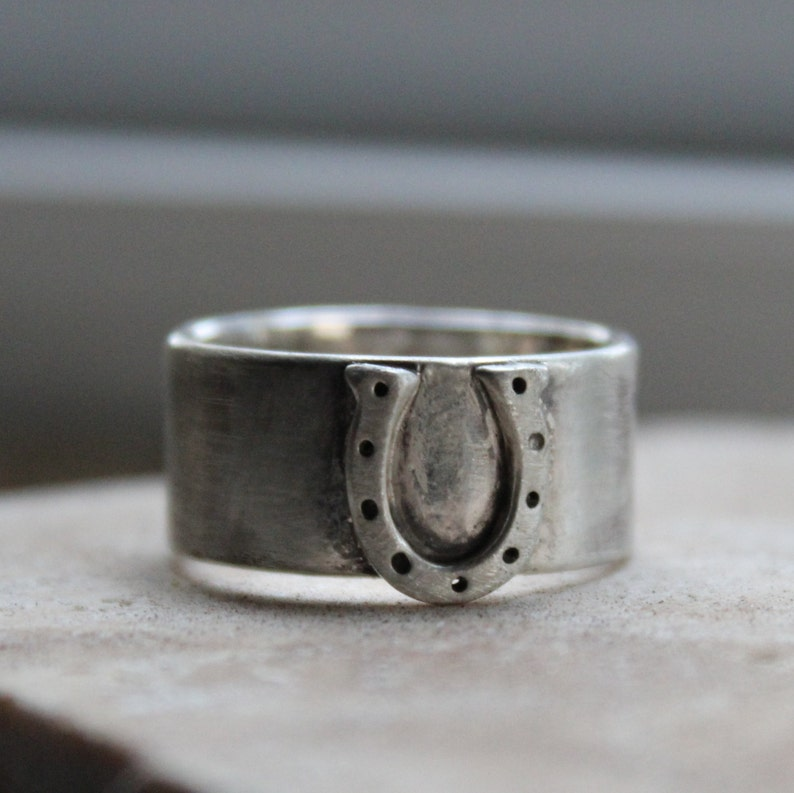 Wide Equestrian Horseshoe Ring image 0