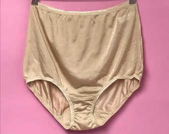 efeb6c65a740 60s 70s vintage nylon high waist full bottom panties nos one size