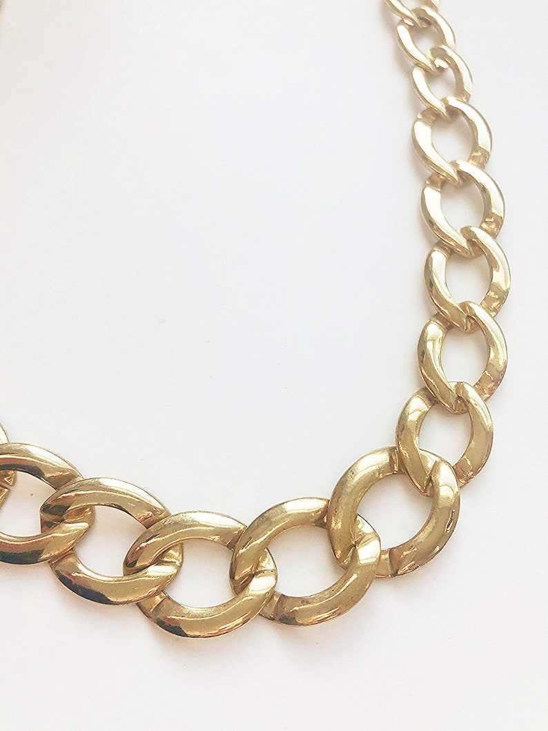21 Vintage Graduated Large Opened Oval Gold Tone  Link Chain Necklace