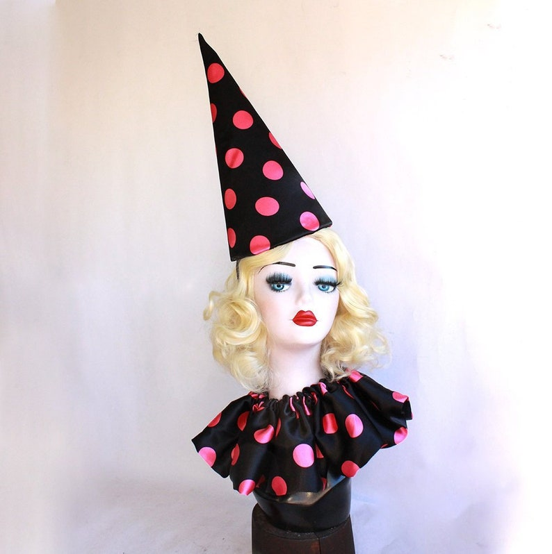Scary Clown Halloween Costume.Large Clown Hat Collar And Cuffs Set Pink And Black Circus Costume Scary Clown Halloween Costume Clown Hat Burlesque Sexy Clown