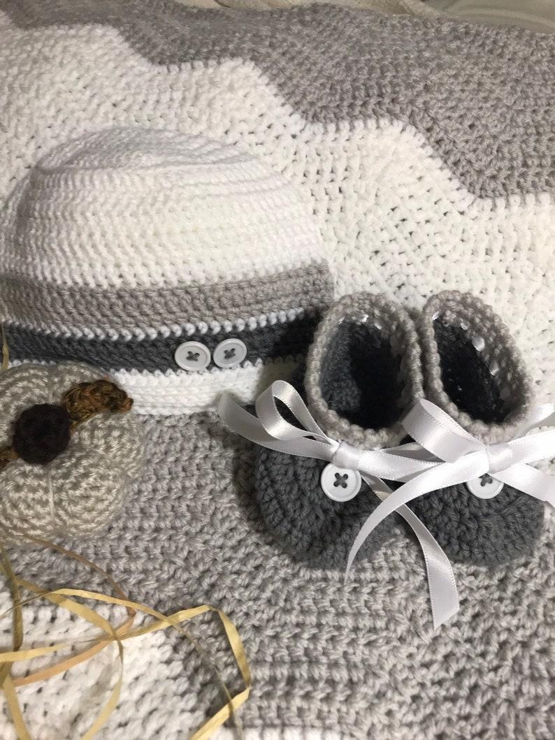 e75c7bdc2 Custom Crochet Baby Blanket Hat Bootie set Made to Order Gray White Ripple