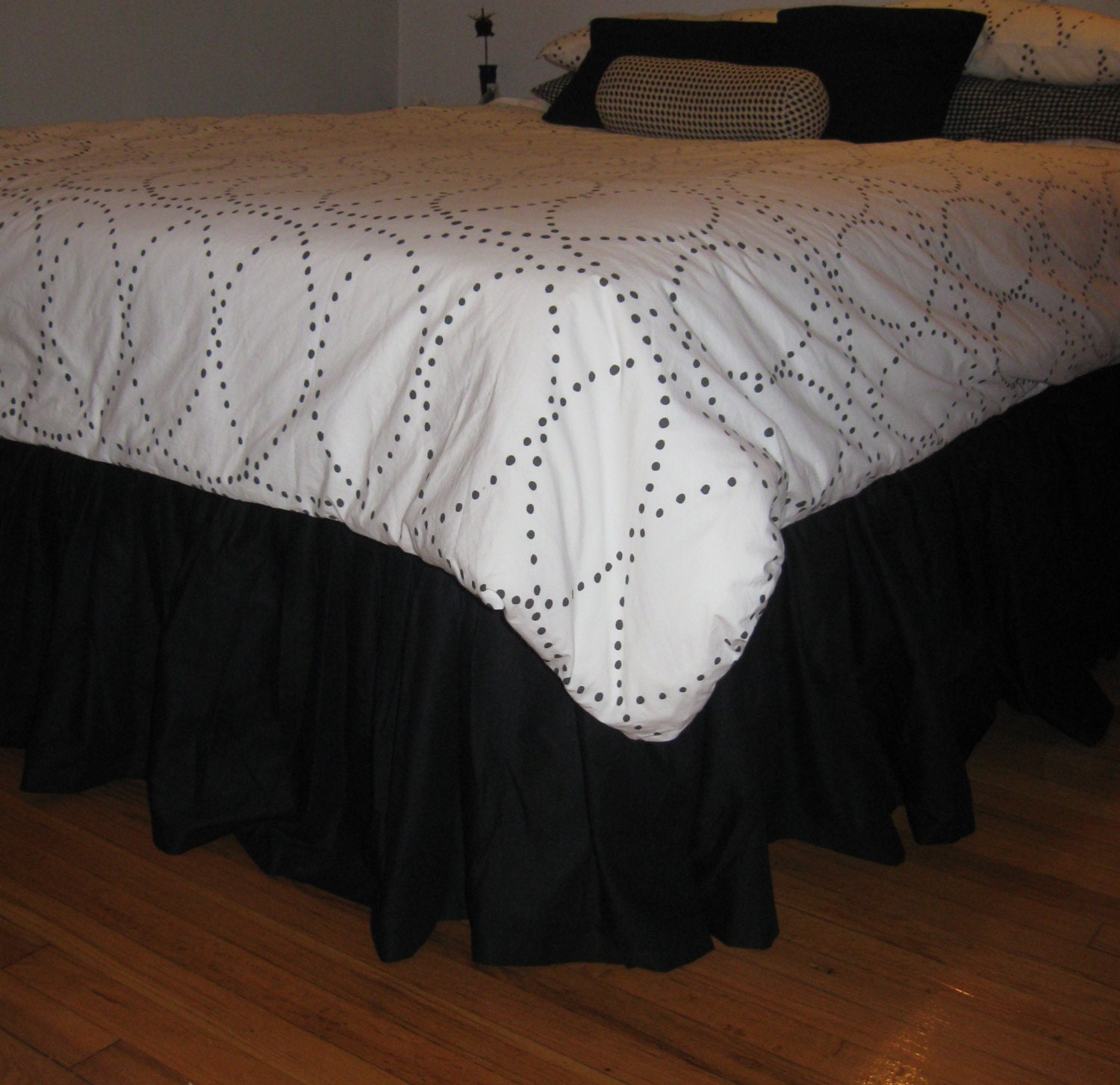 cotton ruffled bed skirt full size etsy. Black Bedroom Furniture Sets. Home Design Ideas