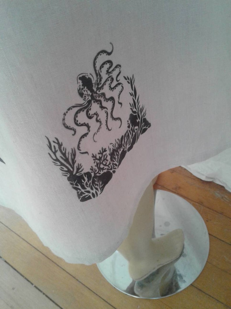 Grafitti Hermans Hemp Endangered Species Skirt Wrap L airbrushed