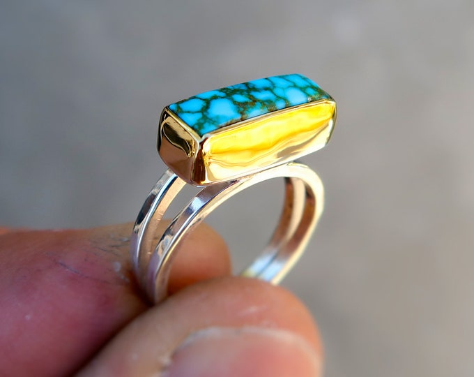 High Grade Turquoise Mountain Mixed Metal Ring in 18K Solid Yellow Gold and Sterling Silver. Size 6.5