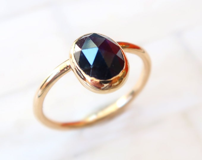 Size 6.5 14K yellow gold Sapphire Ring. 2.09 ct precision custom oval rose cut teal blue sapphire. Set in 14K solid yellow gold